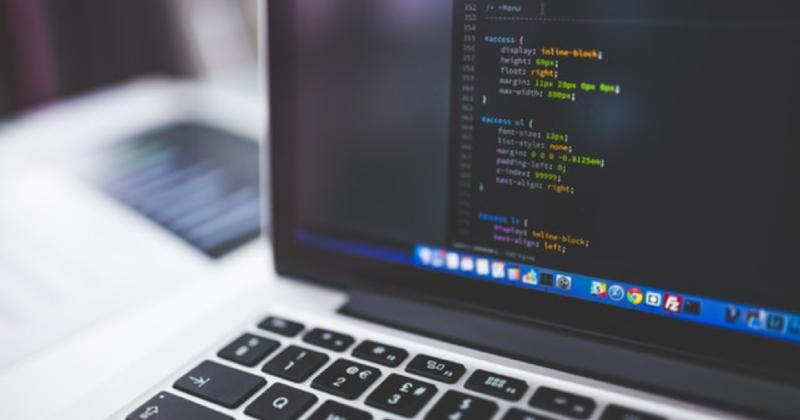 Elektronik i virksomheden – disse punkter skal du have styr på